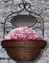 Willow Wall Basket with Welcome Sign TTP6009S